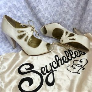 """Seychelles """"I Do"""" heels"""